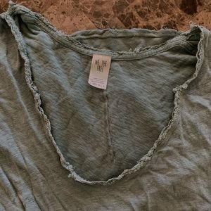 Free people v neck top!